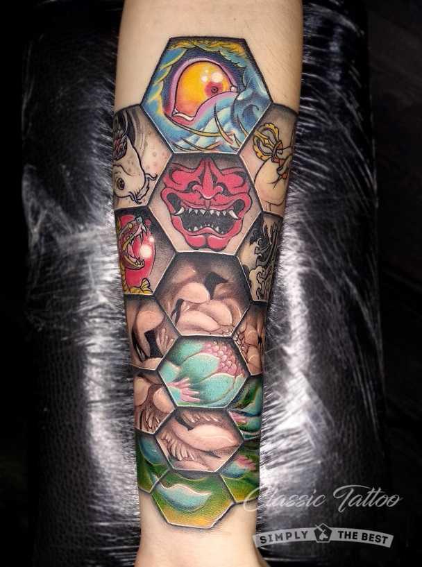 Цветной мужской тату-рукав на предплечье