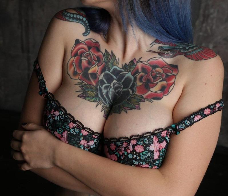 Тату для девушек на груди