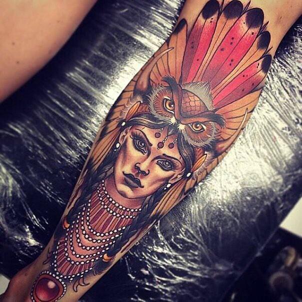 Цветной портрет индейской женщины - тату для мужчины на предплечье