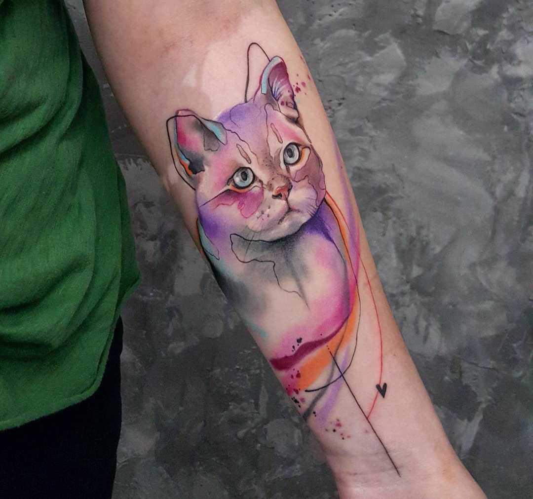 Кот в стиле акварель - тату для женщины на предплечье