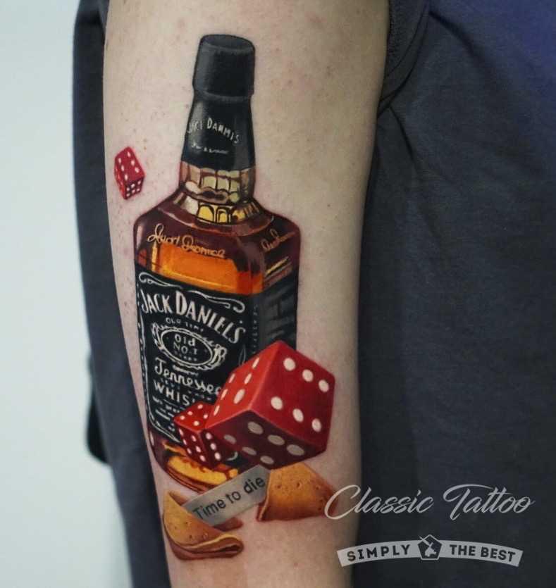 Бутылка виски Джек Дэниэлс тату